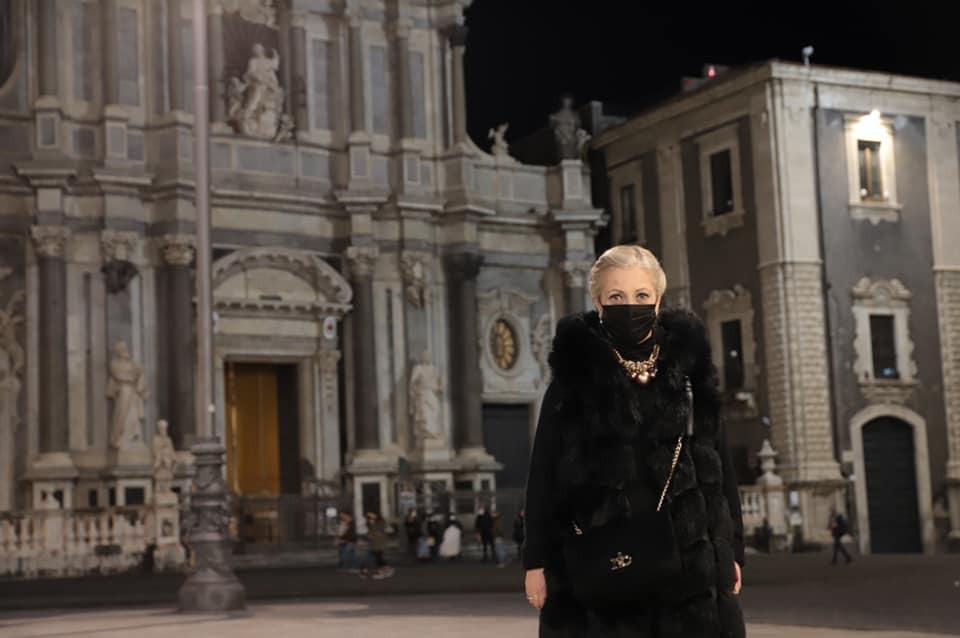 Sant'Agata sempre attuale. La sfilata contro le Spose Bambine. Intervista al giurato Marinella Fiume