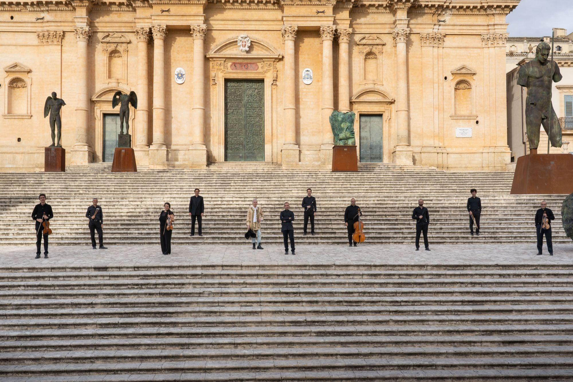 """UN WEEKEND DEDICATO ALL'INFORMAZIONE SULLA CULTURA OMOTRANSESSUALE: TORNA IL """"GIACINTO FESTIVAL"""" A NOTO"""