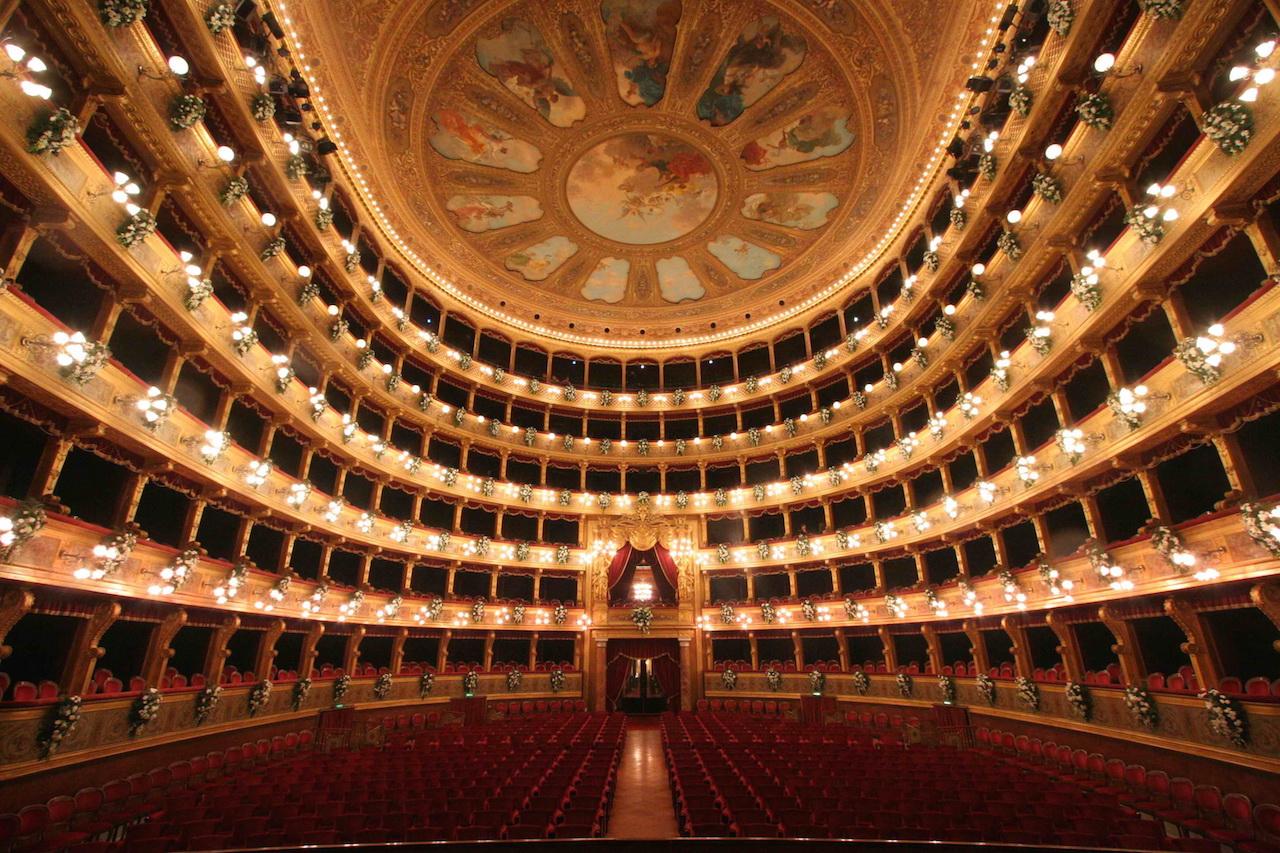 teatro-massimo-1579711253.jpg