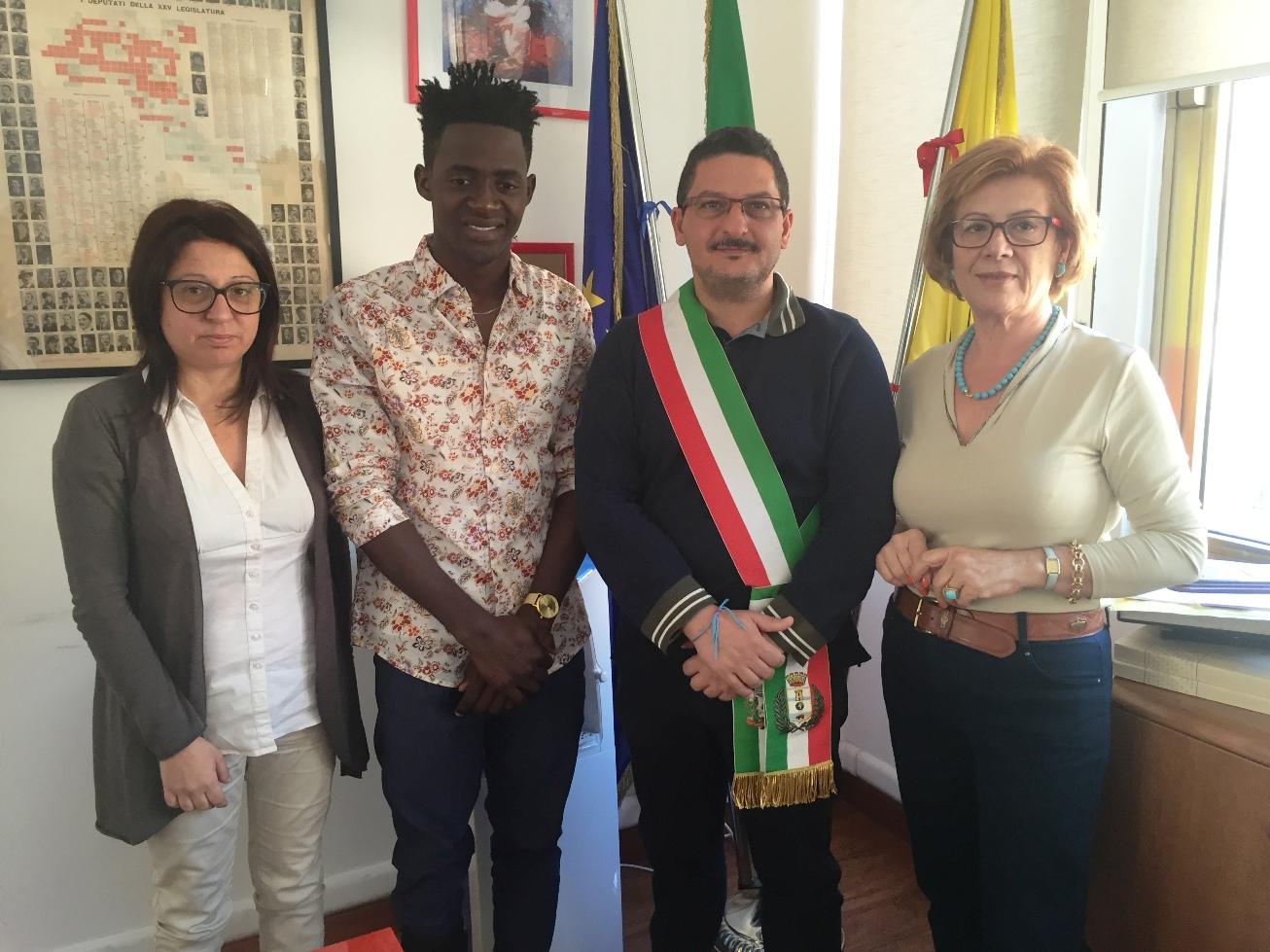 """Un giovane liberiano ospite a Pachino premiato a """"Diritti di memoria"""""""