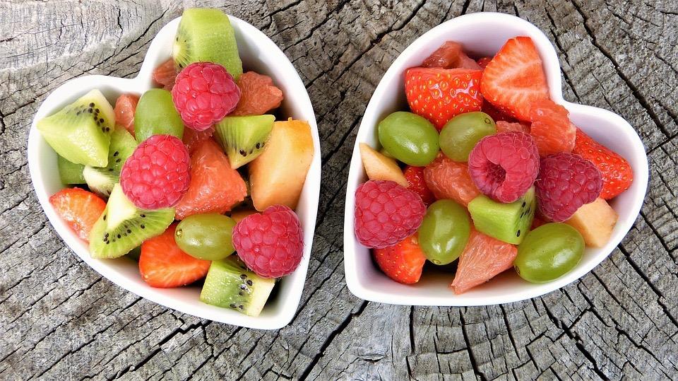 Insalata di frutta estiva