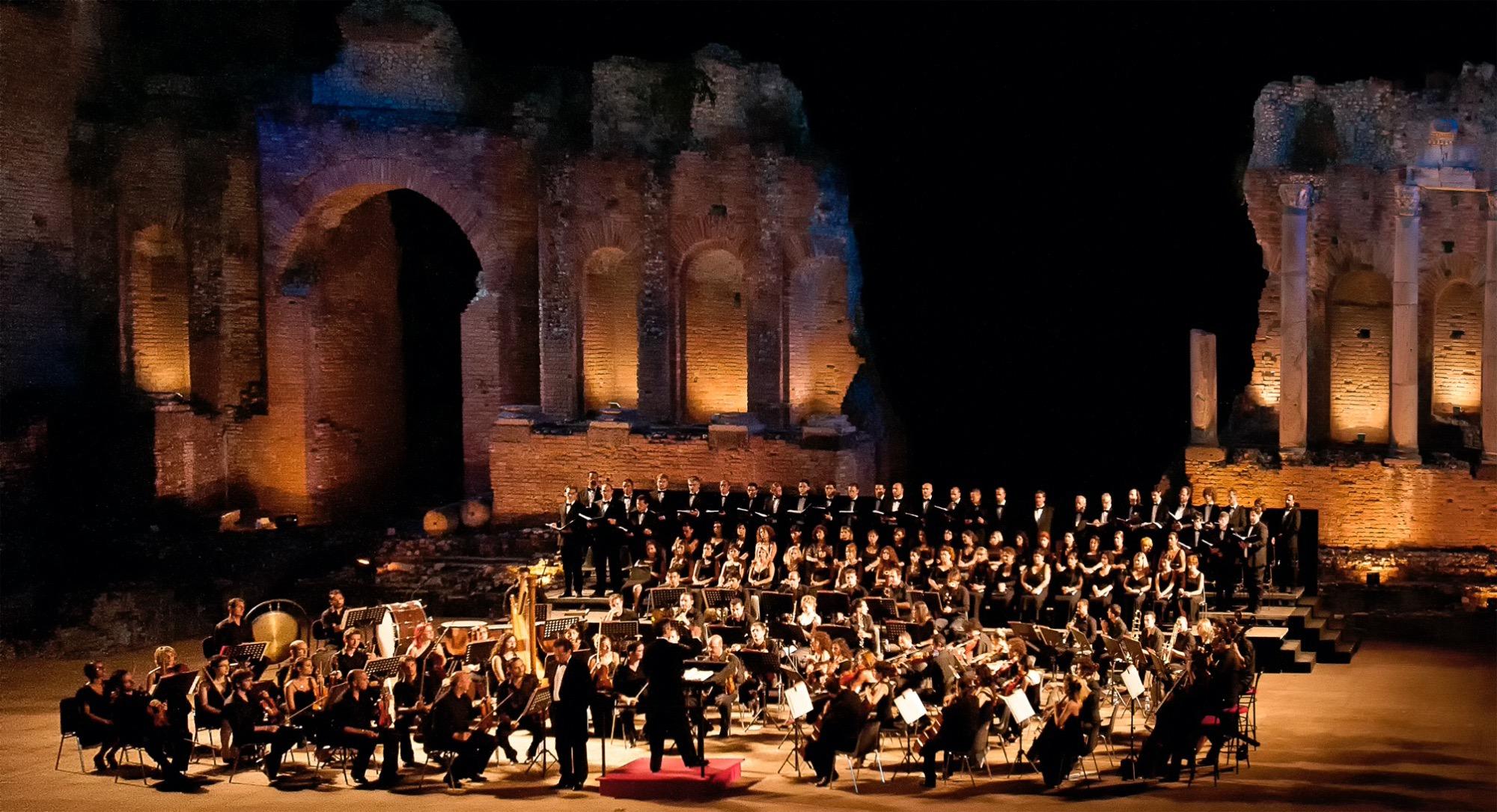 Aida conquista Taormina: grande successo al Teatro Antico per il primo evento del Mythos Opera Festival