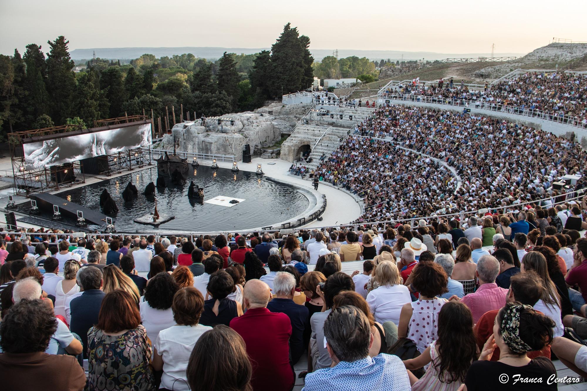 teatrogrecopieno2019ph-1603186139.jpg
